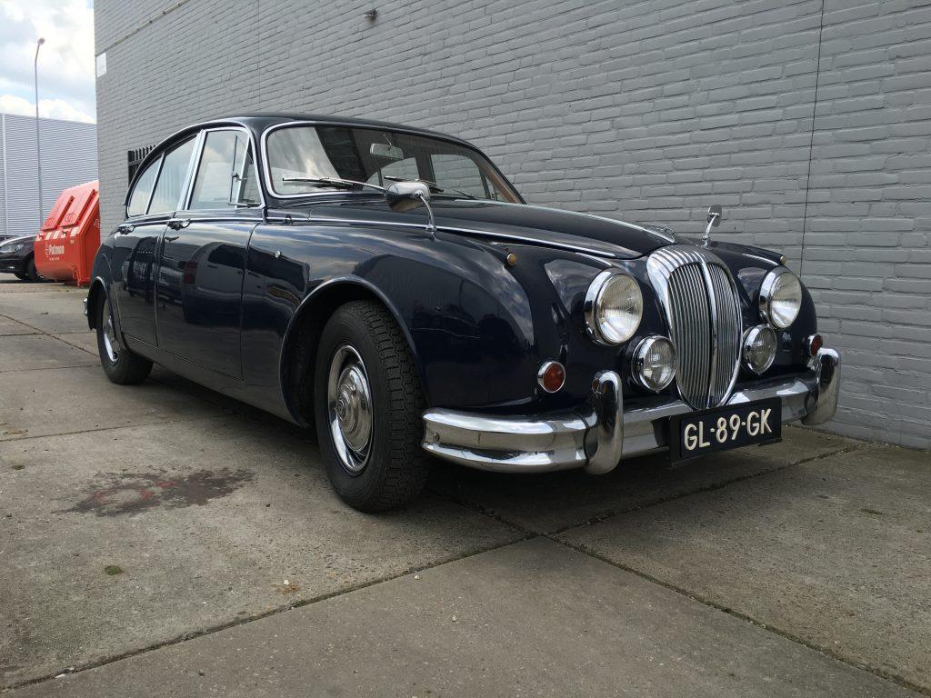 Daimler V8 250 1965